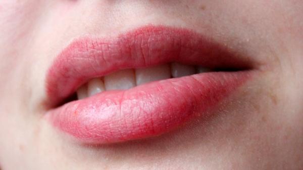 Naked Lips!