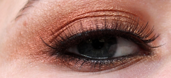 The Girl On Fire Palette - Inglot
