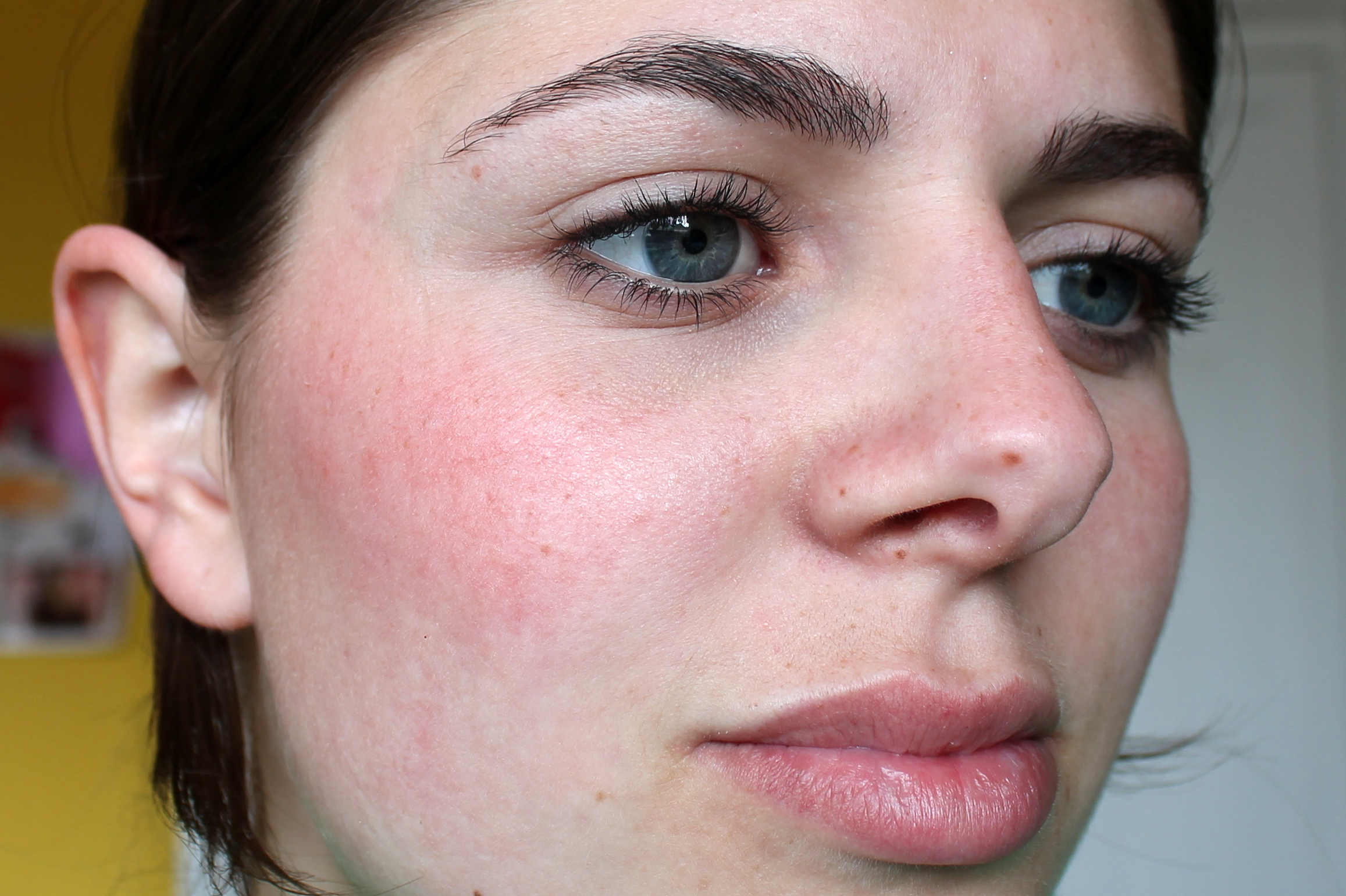 How To Make Cheeks Red Naturally