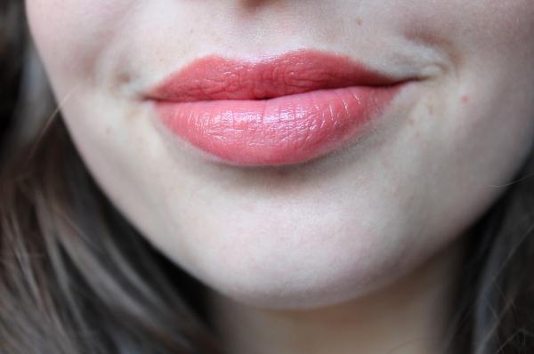 Revlon Lip Butter Tutti Frutti