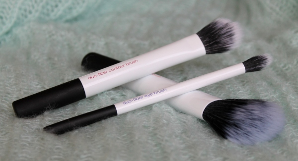 Review: Real Techniques Duo-Fiber Brushes