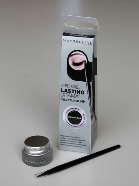 Review: Maybelline Eyestudio Lasting Drama Gel Eyeliner