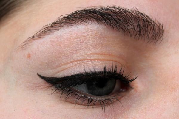 Review: Maybelline Eyestudio Lasting Drama Gel Eyeliner