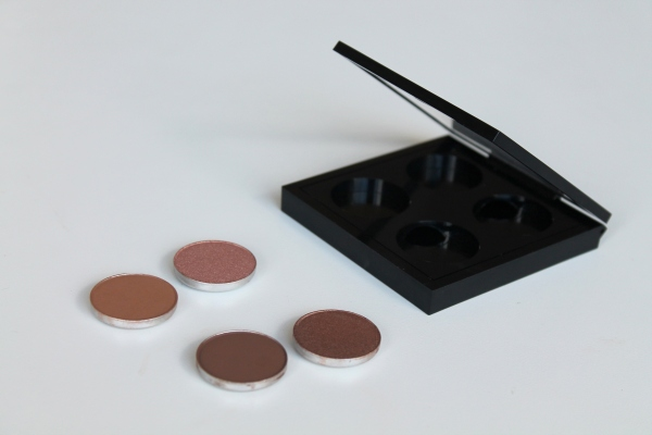 Review: MAC Pro Eyeshadow Palette