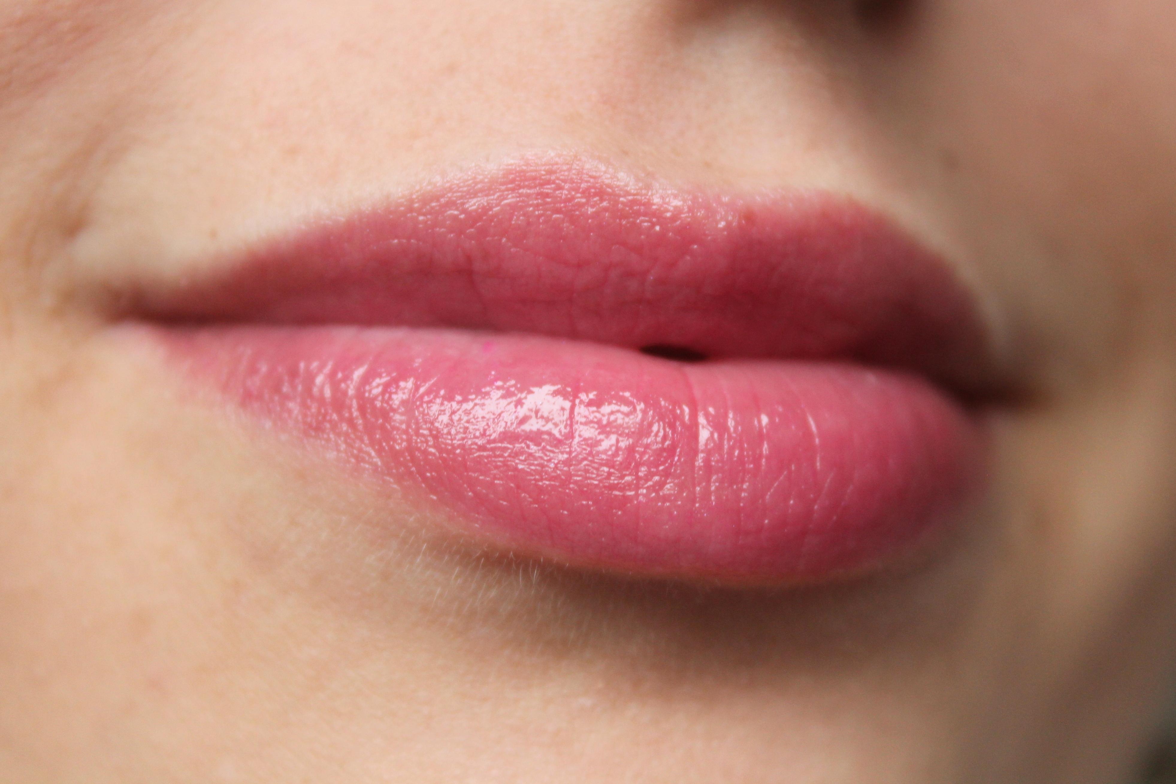 Battle of the Brands: Maybelline Baby Lips vs Rimmel Keep ...