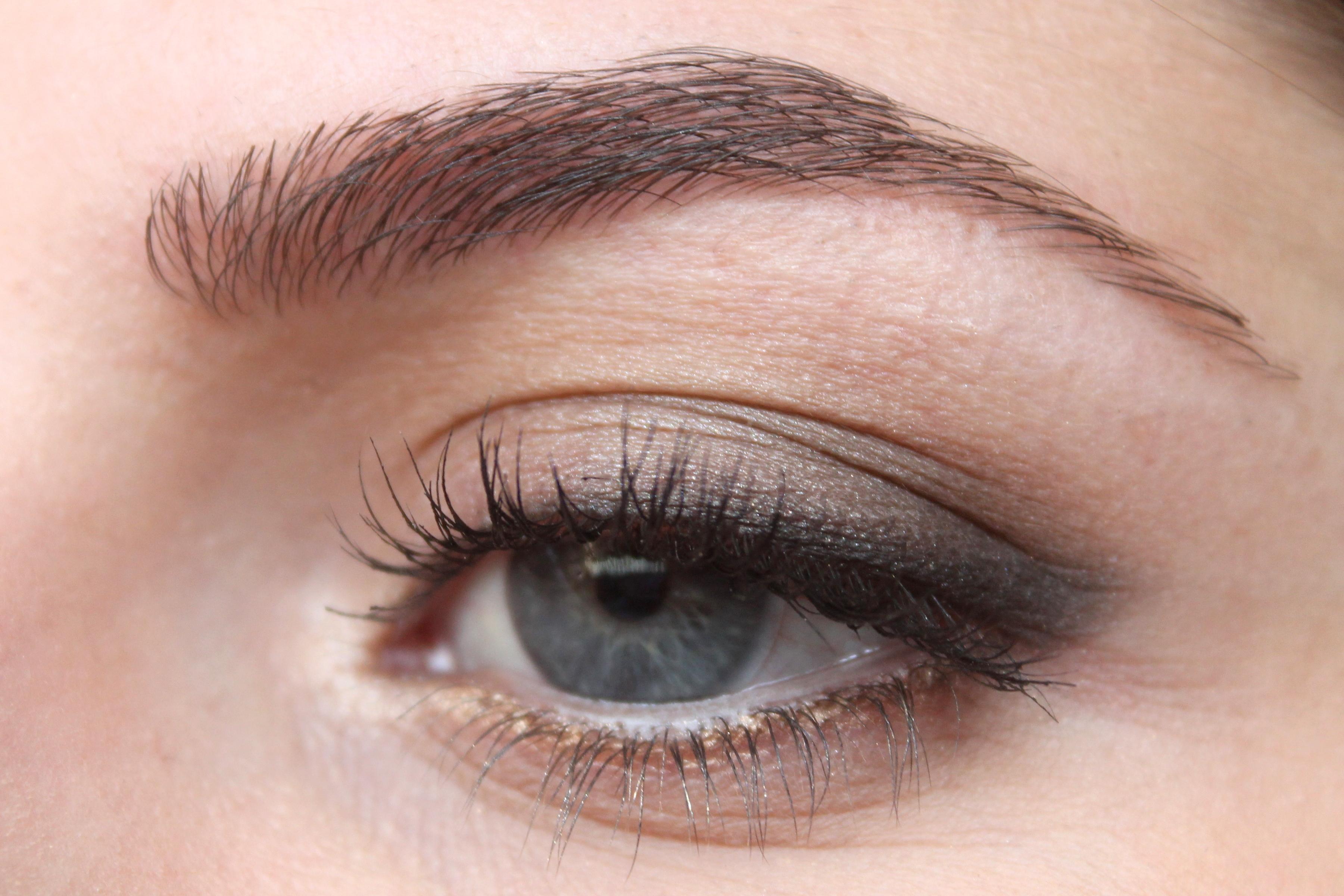 https://makeupyamind.files.wordpress.com/2014/10/img_1195.jpg