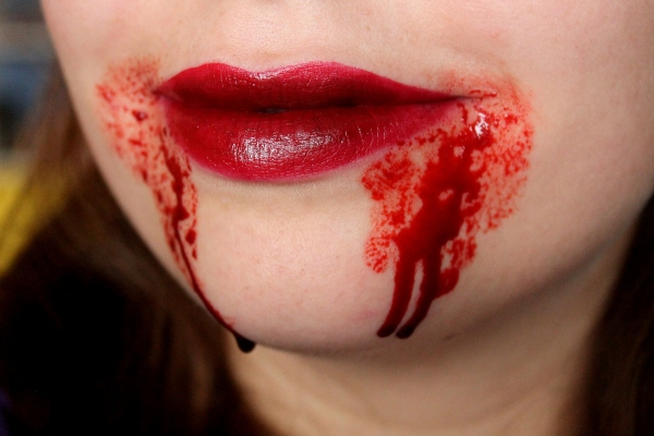 Tutorial: 5 Last-Minute Halloween Make Up Ideas
